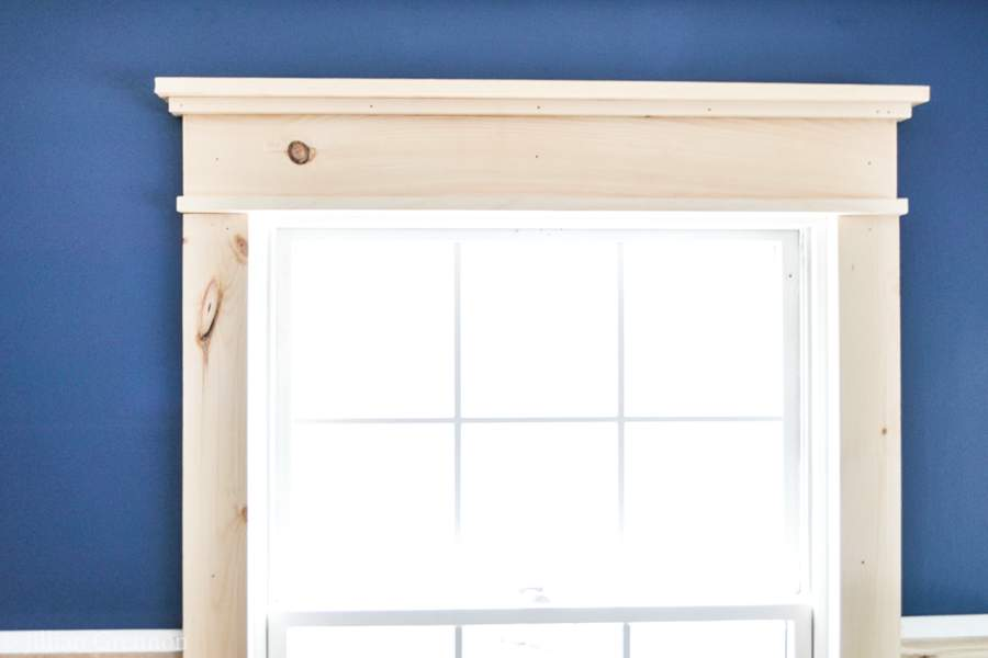 I-was-surprised-that-this-DIY-farmhouse-window-trim-actually-seems-easy-to-do-There-arent-really-any-angles-to-cut-and-it-looks-so-pretty-when-it (3)