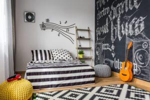Teenage bedroom black & white